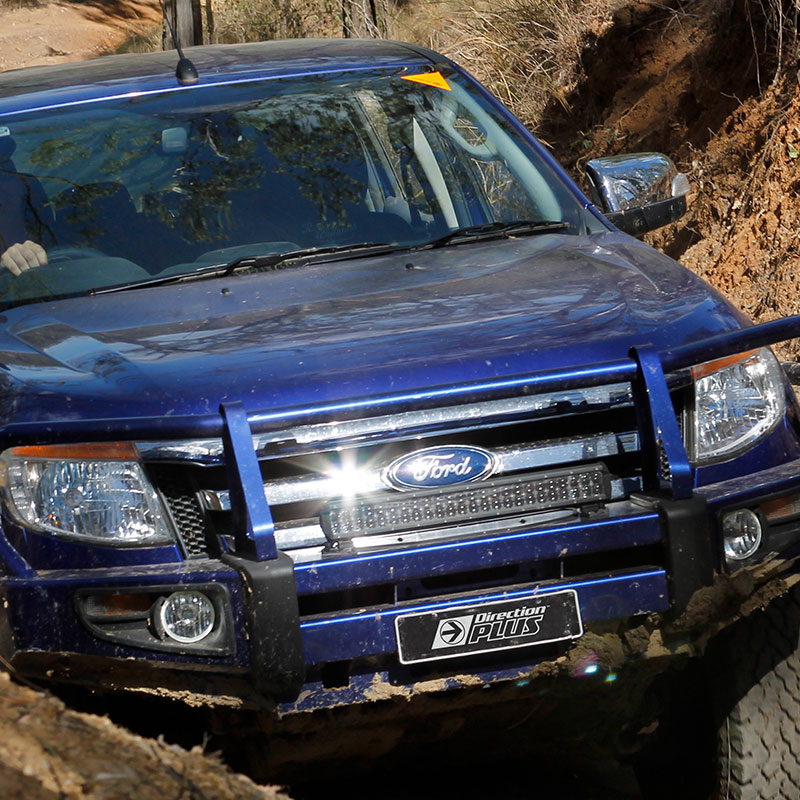 4x4 ute driving offroad